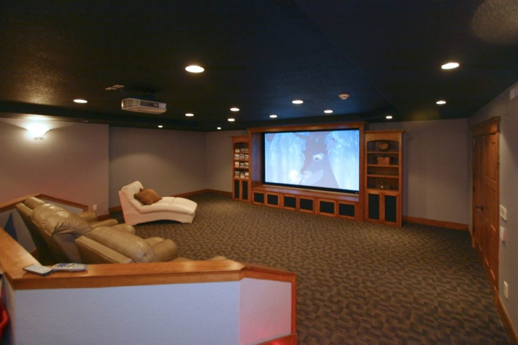 Home Theater with custom lighting